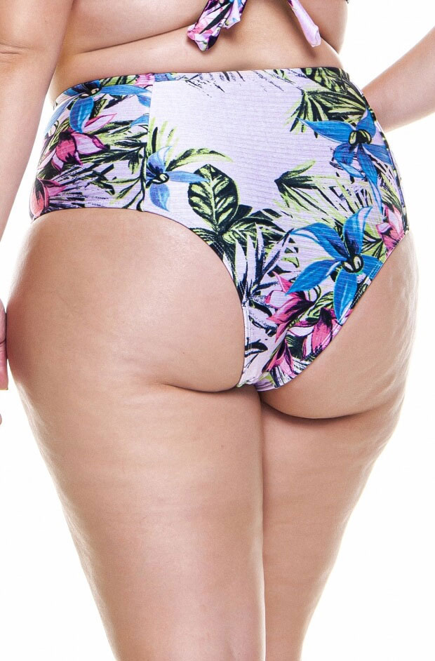 hot pant plus size na estampa rose