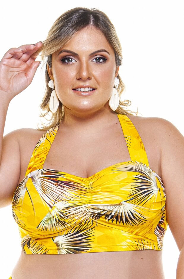 top plus size com bojo e base larga na estampa buriti amarelo